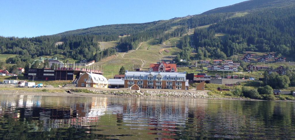 Lake Lodge sedd från Åresjön